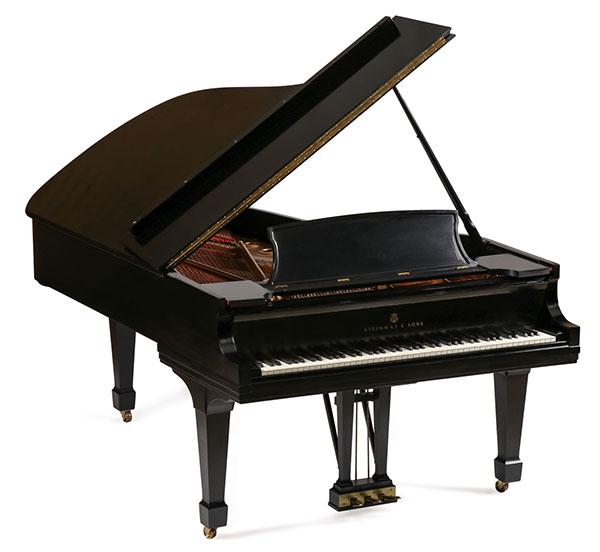 A FINE STEINWAY CLASSIC GRAND PIANO, MODEL B, 1981 B.